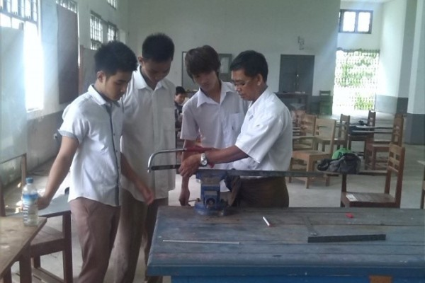2013-14-workshop-technology-depatment-student-project48520812-4E85-1096-F8FB-6DC82E2F30E7.jpg