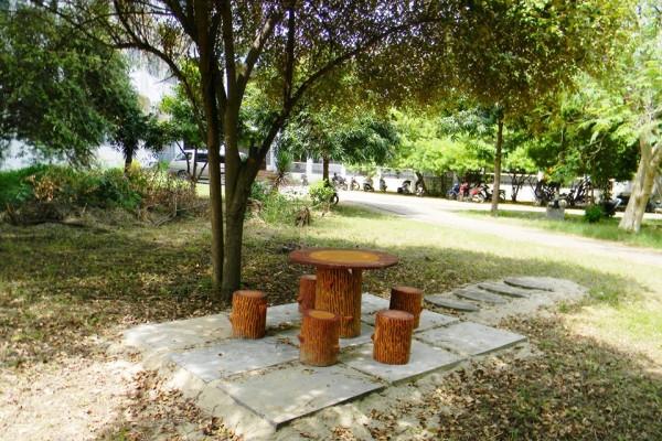 maeu-campus429229353-D054-28AA-F076-3E54F95FFFAC.jpg